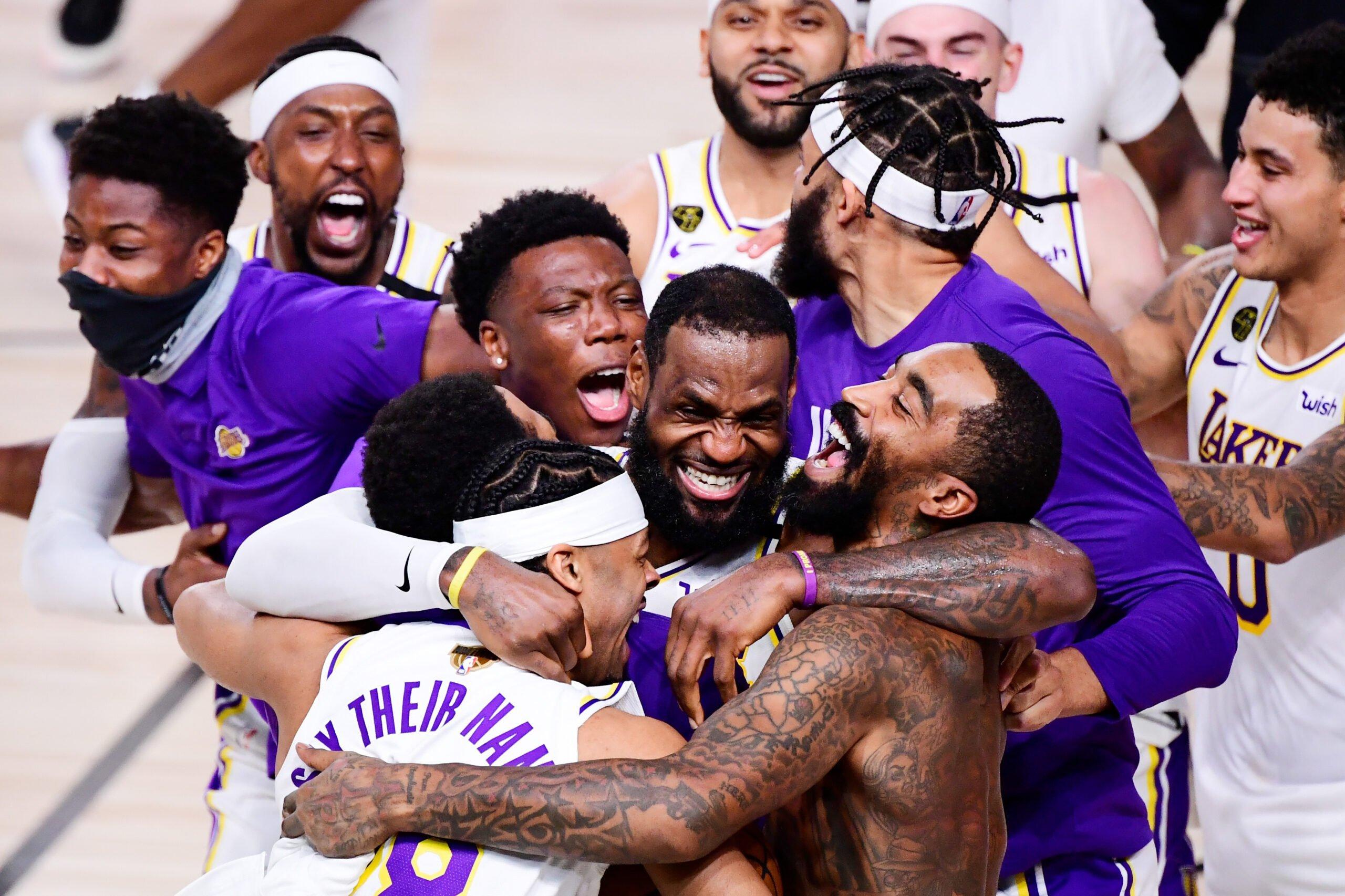 Les Los Angeles Lakers après leur victoire face au Miami Heat dans les NBA Finals 2020, à Orlando. L'Analyste via NBA. (Photo : Douglas P. DeFelice/Getty Images)