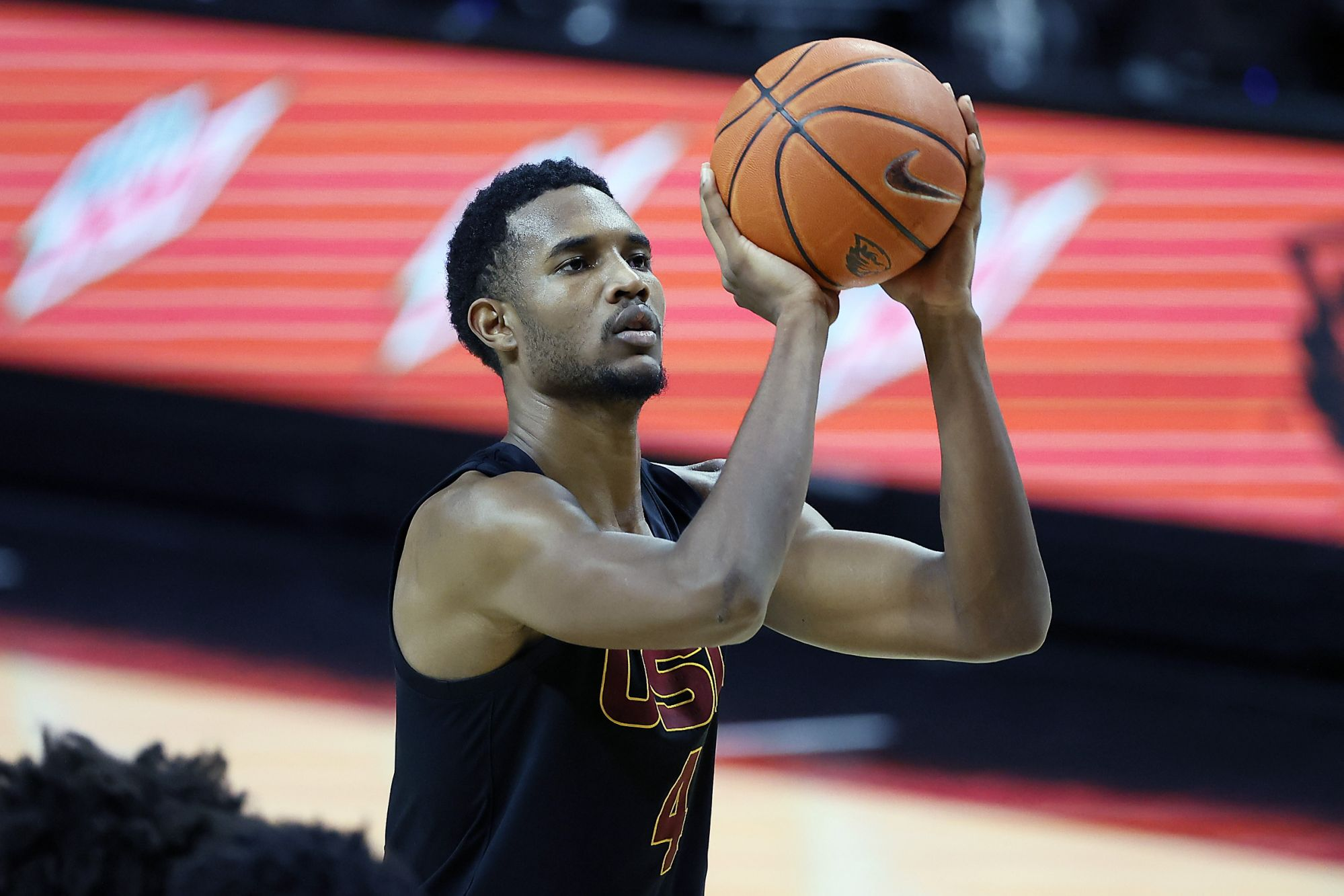 CORVALLIS, OREGON - JANUARY 19: Evan Mobley #4 of the USC Trojans shoots a free throw during the second half against the Oregon State Beavers at Gill Coliseum on January 19, 2021 in Corvallis, Oregon. (Photo by Soobum Im/Getty Images)