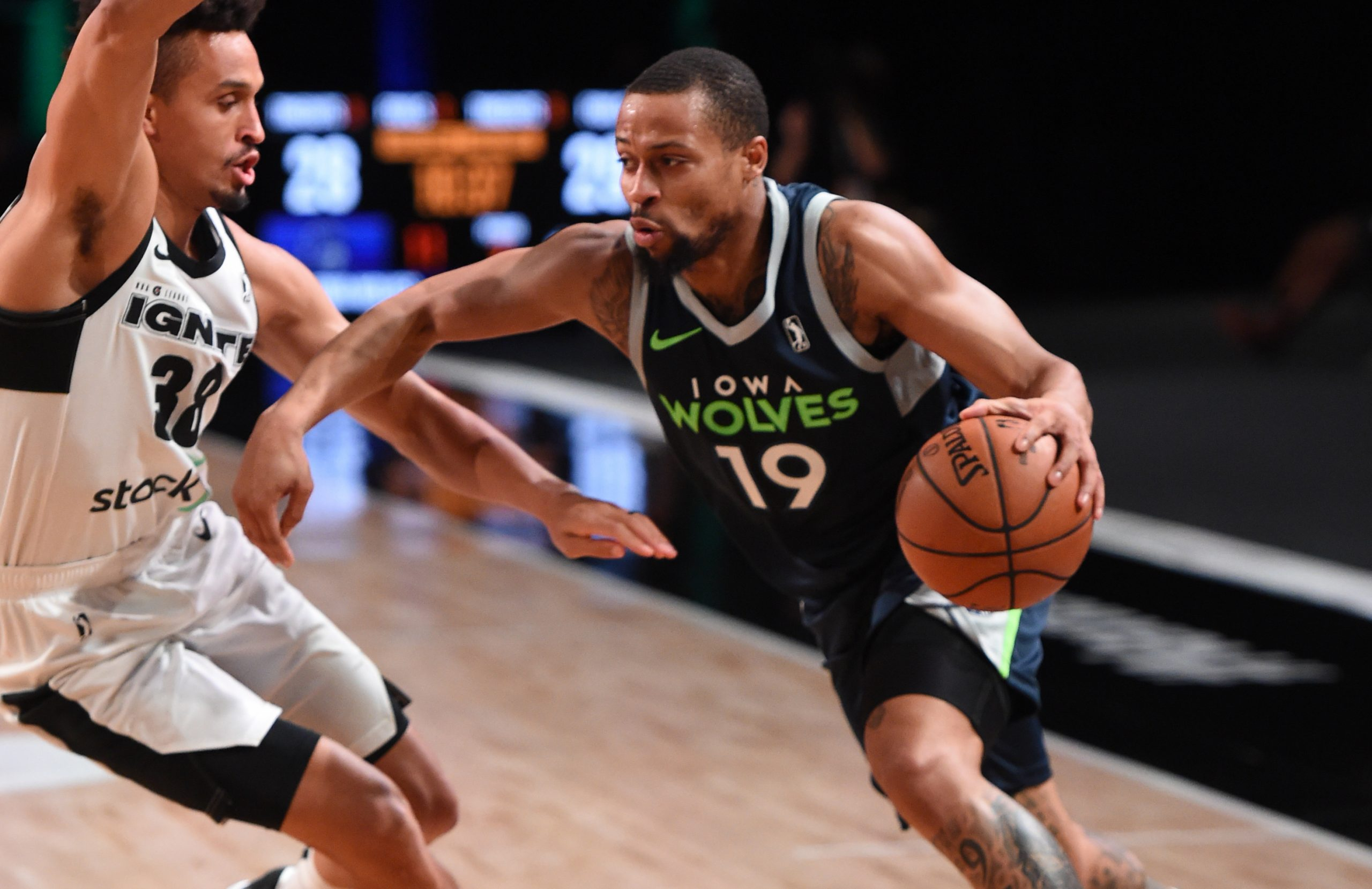 ORLANDO, FL - FEBRUARY 15: Isaiah Briscoe #19 of the Iowa Wolves drives to the basket against Team Ignite on February 15, 2021 at AdventHealth Arena in Orlando, Florida. NOTE TO USER: User expressly acknowledges and agrees that, by downloading and/or using this Photograph, user is consenting to the terms and conditions of the Getty Images License Agreement. Mandatory Copyright Notice: Copyright 2021 NBAE (Photo by Juan Ocampo/NBAE via Getty Images)