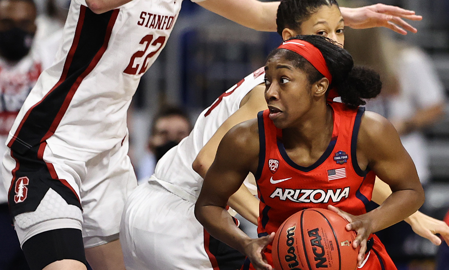 SAN ANTONIO, TEXAS - APRIL 04: Aari McDonald #2 of the Arizona Wildcats is pressured by Cameron Brink #22 of the Stanford Cardinals in the National Championship game of the 2021 NCAA Women's Basketball Tournament at the Alamodome on April 04, 2021 in San Antonio, Texas. (Photo by Elsa/Getty Images) ORG XMIT: 775630874 ORIG FILE ID: 1310817631